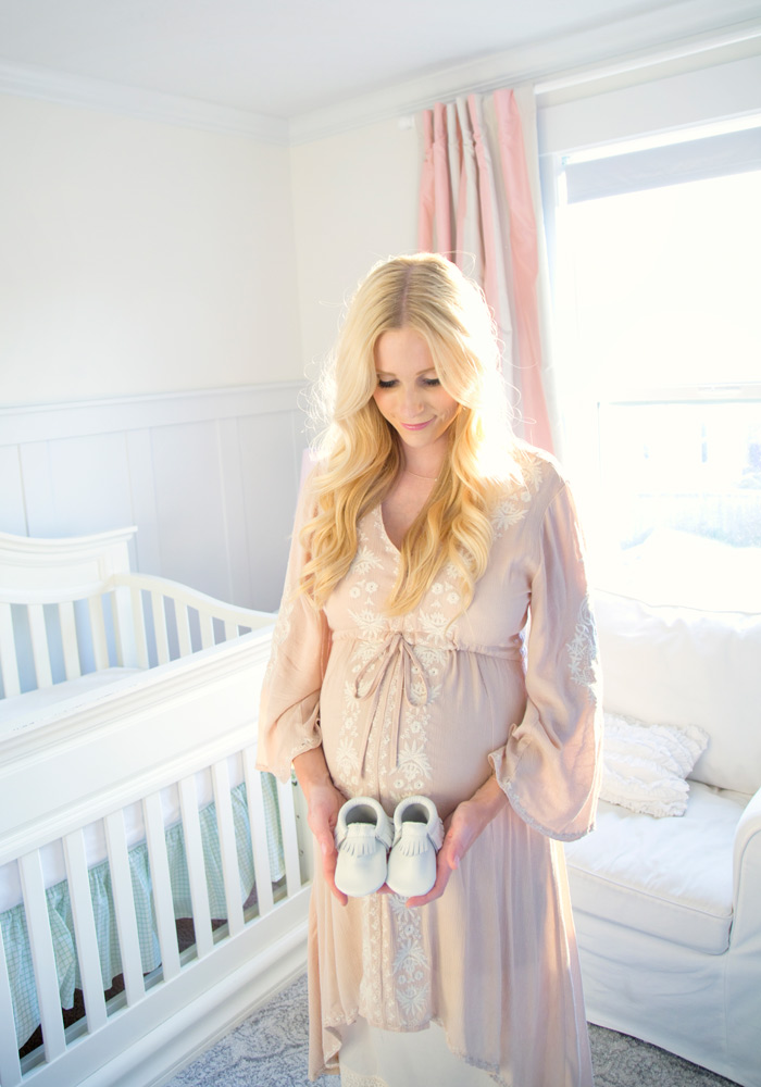 nataliemalan-maternity-style-photoshoot-white-pink-classic-nursery-flower-crown-pink-striped-curtains-gown-web