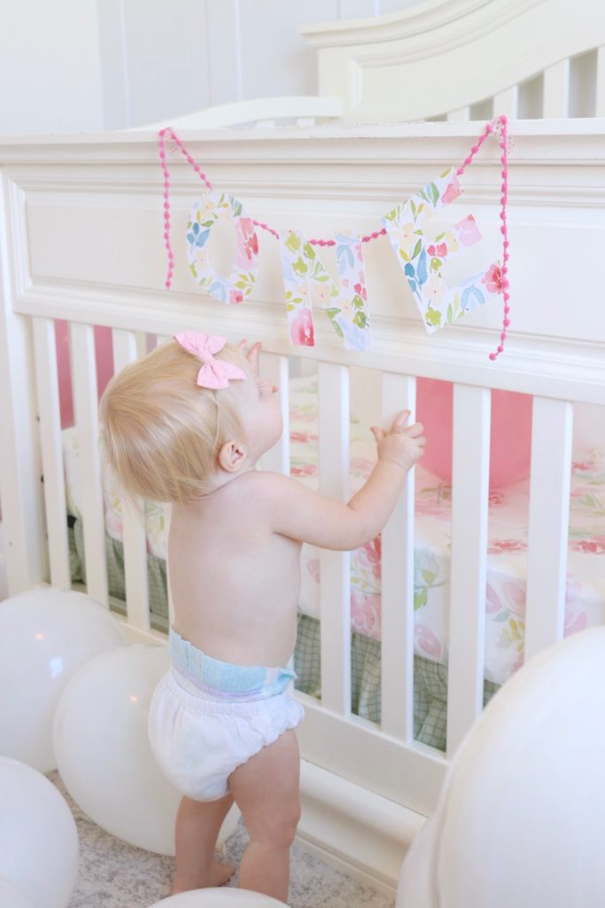 nataliemalan-one-first-birthday-garland-ideas-balloons-nursery-watercolor-7